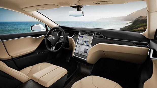 11-08-2015 Tesla Motors pierde 4.000 dólares por cada coche vendido