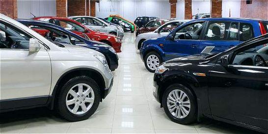 10-11-15 Industria automotriz se contrae 8 en Colombia